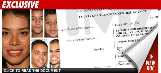 Estate de Michael Jackson solicitó a un juez que saque a Alejandra Jackson de Hayvenhurst == Michael Jackson's estate is asking a judge kick Alejandra Jackson out of the Hayvenhurst