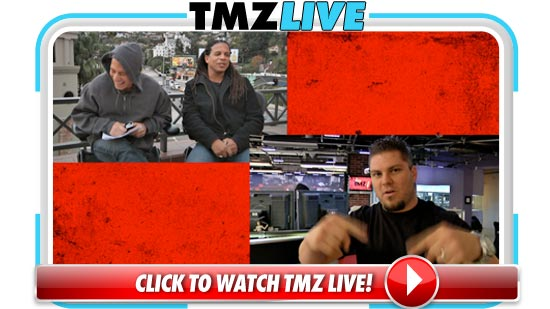 011111_tmz_live2