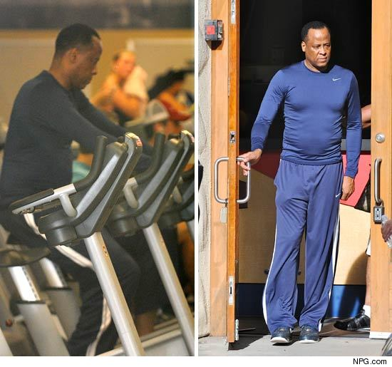http://ll-media.tmz.com/2011/01/14/0114-conrad-murray-npg1-credit.jpg