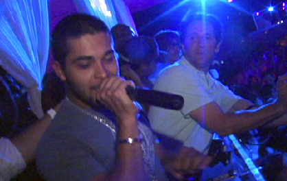 2007-0612_wilmer_rocks_out