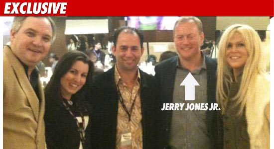 0207_Salahis_jerry_jones_jr_ex