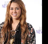 TV: Miley Cyrus to Host 'Saturday Night Live'