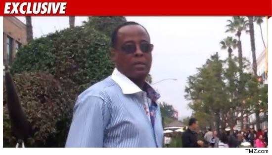 http://ll-media.tmz.com/2011/02/14/0114-conrad-murray-ex-tmz-01-credit.jpg