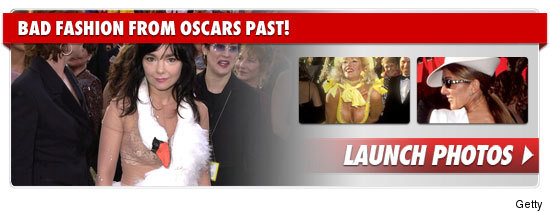 0227_oscars_bad_fashion_footer