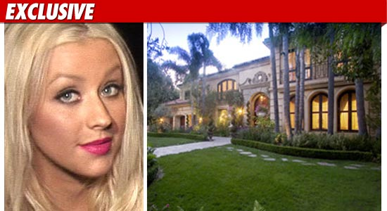 christina aguilera house. Christina Aguilera has quietly
