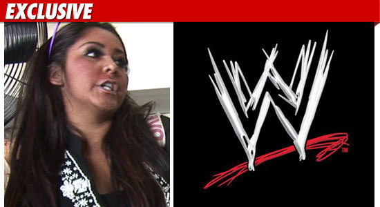 0307_snooki_WWE_EX_TMZ_01