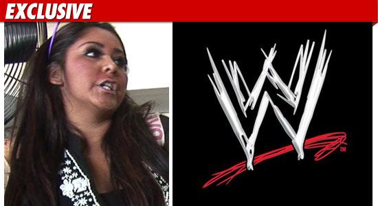 0307_snooki_WWE_EX_TMZ_01