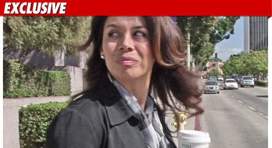 http://ll-media.tmz.com/2011/03/15/0315-alejandra-jackson-ex-tmz-01.jpg