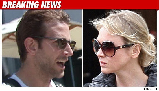 Bradley Cooper and Renee Zellweger Split