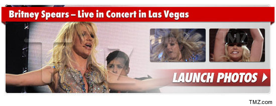 0326_britney_spears_vegas_photo_launch