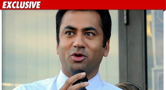 Kal Penn Robbed at Gunpoint
