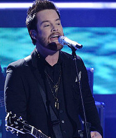 Video: David Cook Returns to 'American Idol'