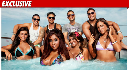 pictures of the jersey shore cast in italy. Who says those quot;Jersey Shorequot;
