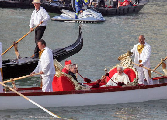 0509_pope_boat