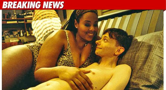 road trip actress mia amber davis dies dead died plus size model death rhonda