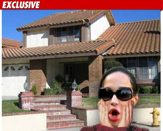 0519_octomom_house_TMZ_Composite_EX