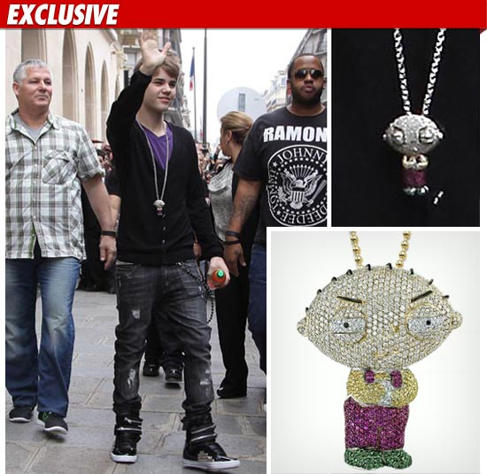 justin bieber family guy necklace. Justin Bieber dropped $25000