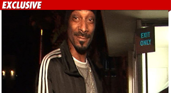 0526_snoop_dogg_TMZ_EX