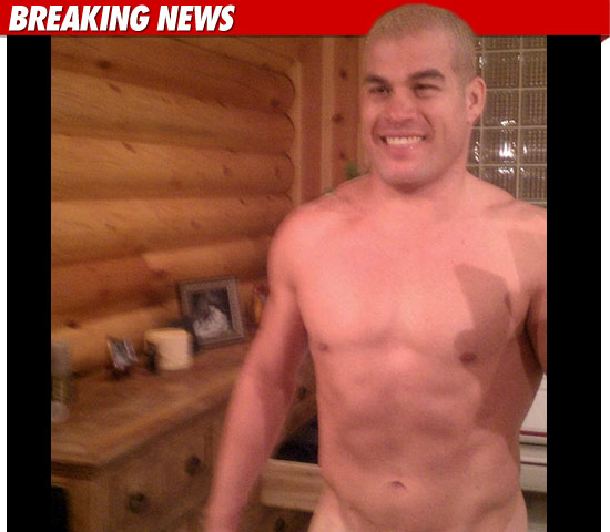 ... /06/02/tito-ortiz-naked-photo-twitter-penis-picture-nude-xxx-hacked/)