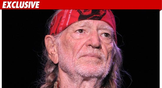 0607_willie_nelson_getty_ex