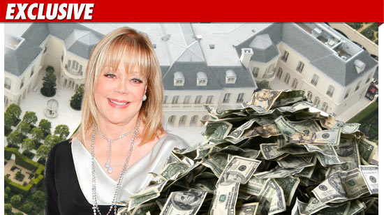0614_candy_spelling_house_money_ex