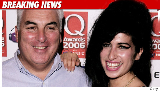 0723_amy_winehouse_mitch_getty_bn