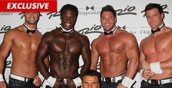 &#039;Baywatch&#039; Star -- Hammering Out a Deal w/ Chippendales