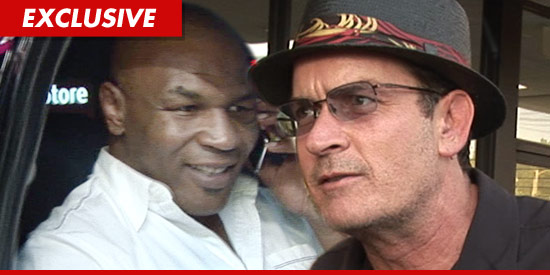 0829_mike_tyson_charlie_sheen_EX_TMZ_2