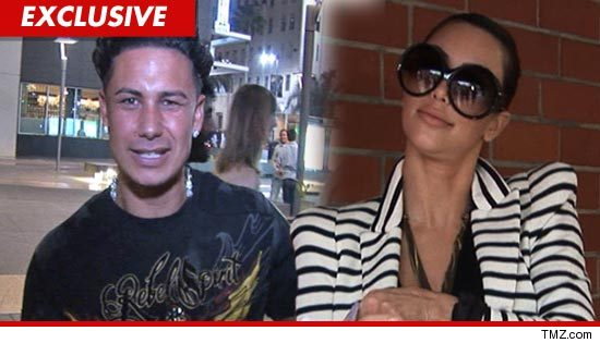 Pauly D wasn 39t invited to Kim Kardashian 39s extravagant wedding but that