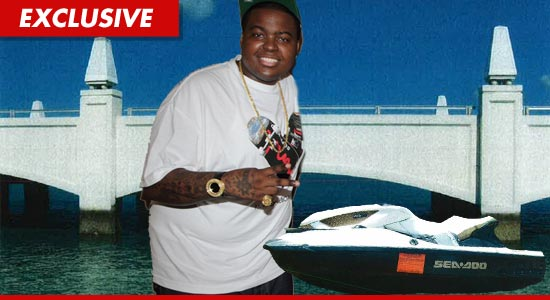 0921_sean_kingston_jetski_EX