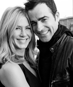 Jen Aniston & Justin Theroux: PDA Portraits!
