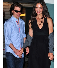 Photos: Tom & Katie Get Swarmed on NY Date Night