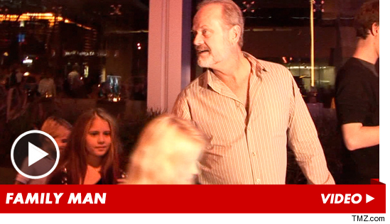 1009_kelsey_grammer_launch