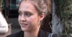"Jessica Alba Sues ""Belly Bandit"": I'm NOT Your Spokesperson!"