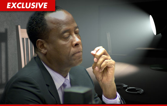 http://ll-media.tmz.com/2011/10/12/1012-conrad-murray-interview.jpg