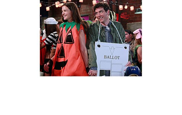 """First Look: Katie Holmes is a """"Slutty Pumpkin"""""""