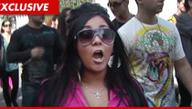 Snooki Threatens Website Over Bogus Drug Bust Story