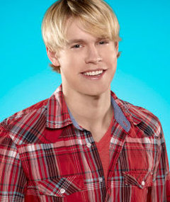 "Chord Overstreet WILL Return to ""Glee"" This Season"