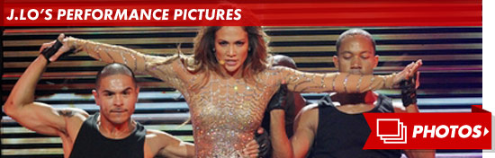 1024_jennifer_lopez_performance_footer