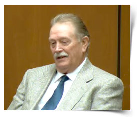 JUICIO A MURRAY - Página 4 1025-dennis-hicks-mjtrial
