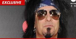 Nikki Sixx -- Contacts Cops Over &#039;Missing&#039; Son