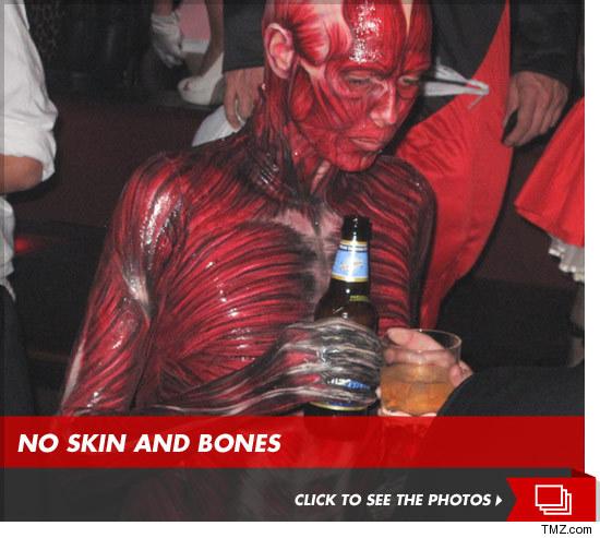 heidi klum halloween 2011 costume