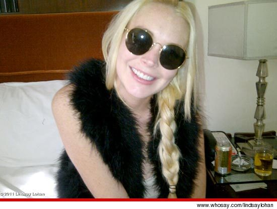 Lindsay Lohan Teeth Whitening