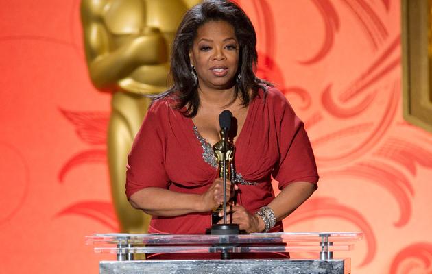 Oprah Receives an Oscar!