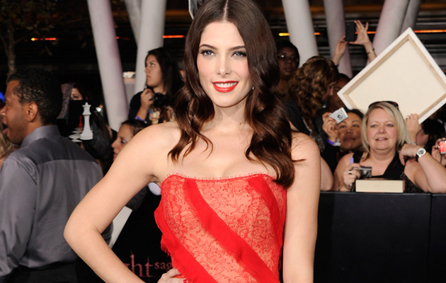 Get Ashley Greene's Bloody Perfect Lipstick Look