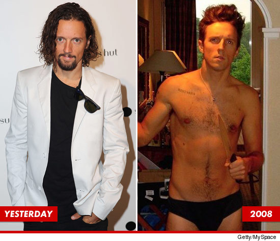 Jason Mraz shirtless