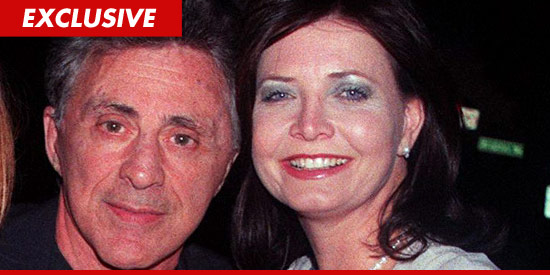Frankie Valli divorcing Randy Valli