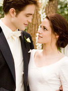 Breaking Dawn: See Bella In Her Wedding Dress!