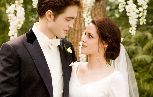 Breaking Dawn: See Bella In Her Wedding Dress!
