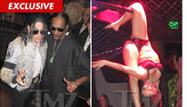 Snoop Dogg -- Partying with Fake MJ & FLEXIBLE Half Naked Chicks